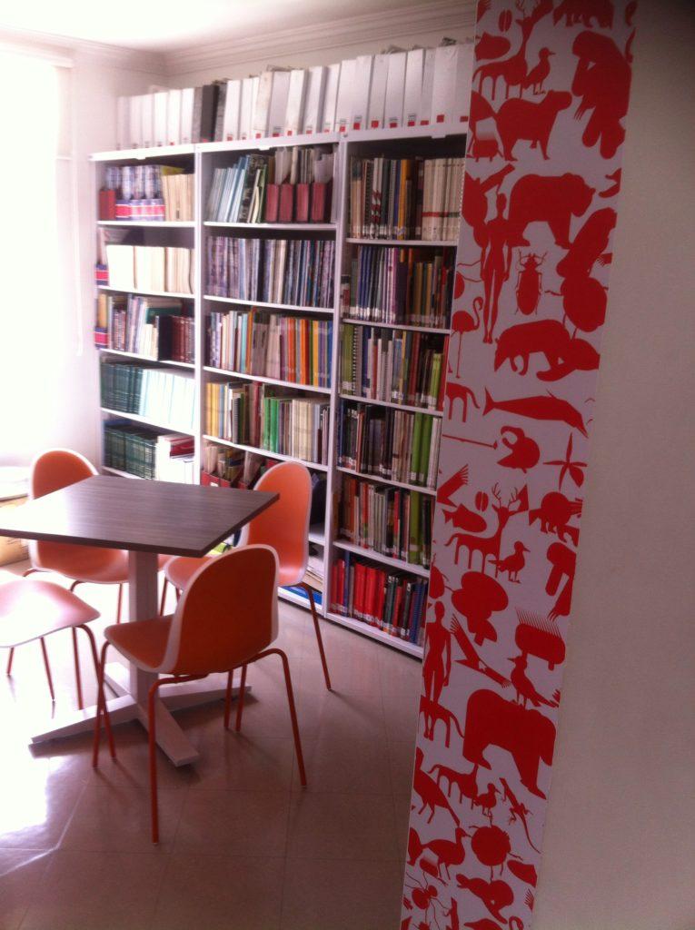 Sala de la biblioteca del Instituto Humboldt