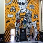 Hall Central de la Biblioteca Nacional de Colombia. Grafiti de Toxicómano sobre Antonio Nariño