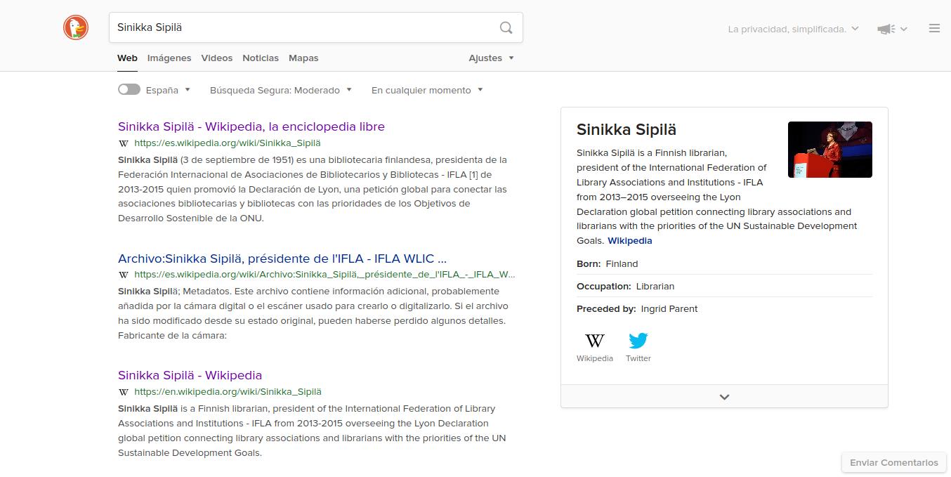 Resultado de la búsqueda de Sinikka Sipilä en DuckDuckGo, donde el cajón de información de Wikipedia muestra información básica sobre ella.